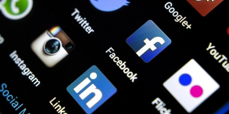 Social media icons on a smart phone screen